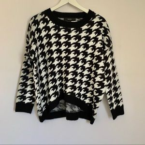 Black & White Houndstooth Print Sweater